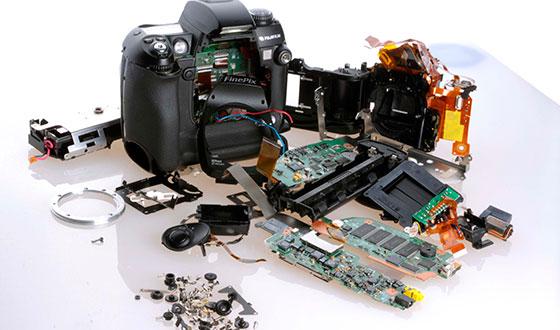 разобранный фотоаппарат