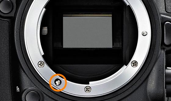 отвертка в фотоаппарате