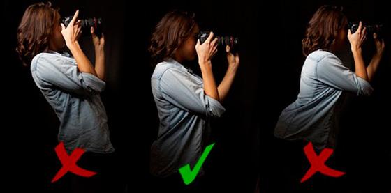 как держать фотоаппарат правильно